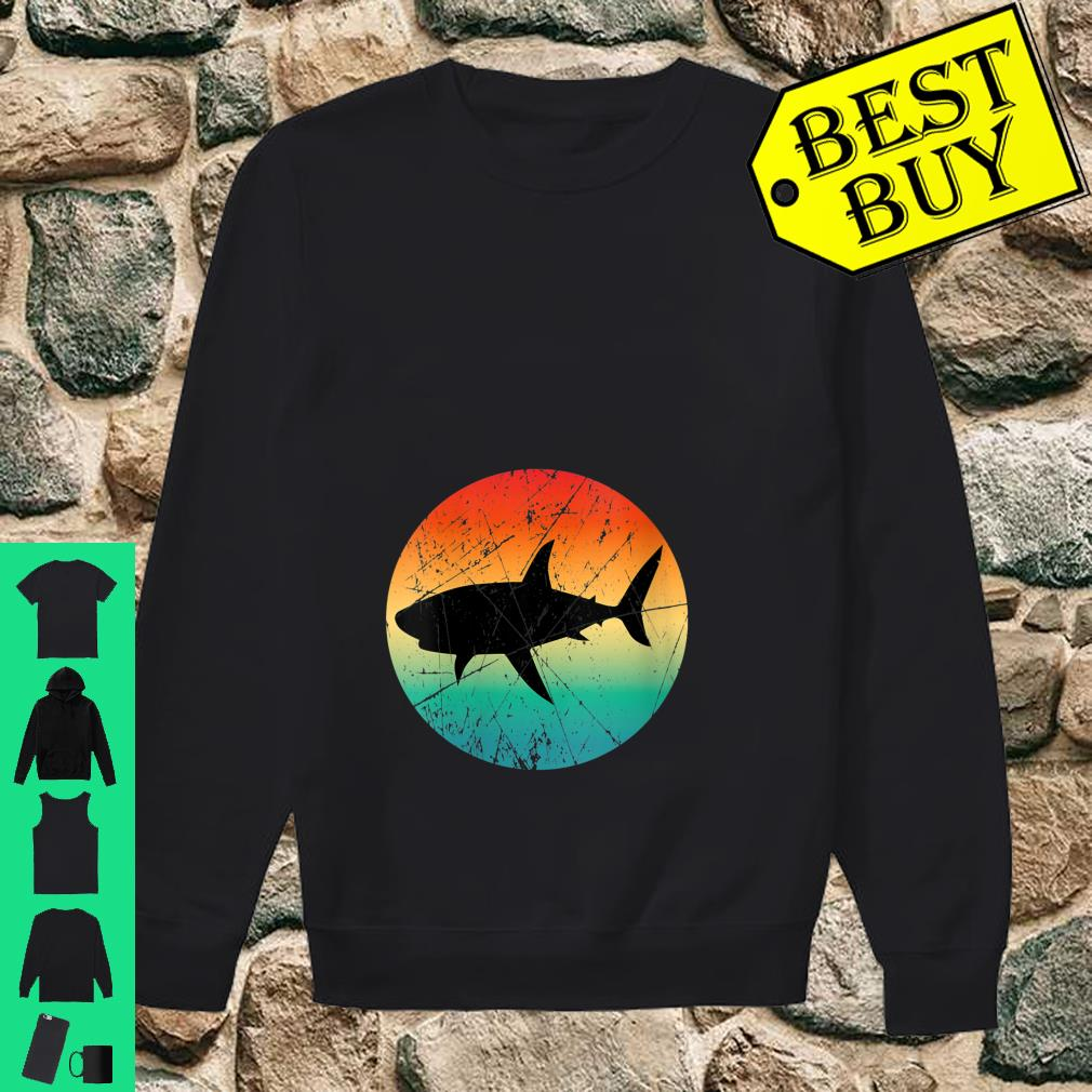 Womens Vintage Retro Style Shark Mommy Daddy Uncle Aunt Shirt sweater